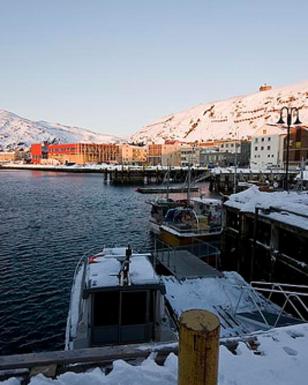 hammerfest-norway-the-town-that-will-not-die
