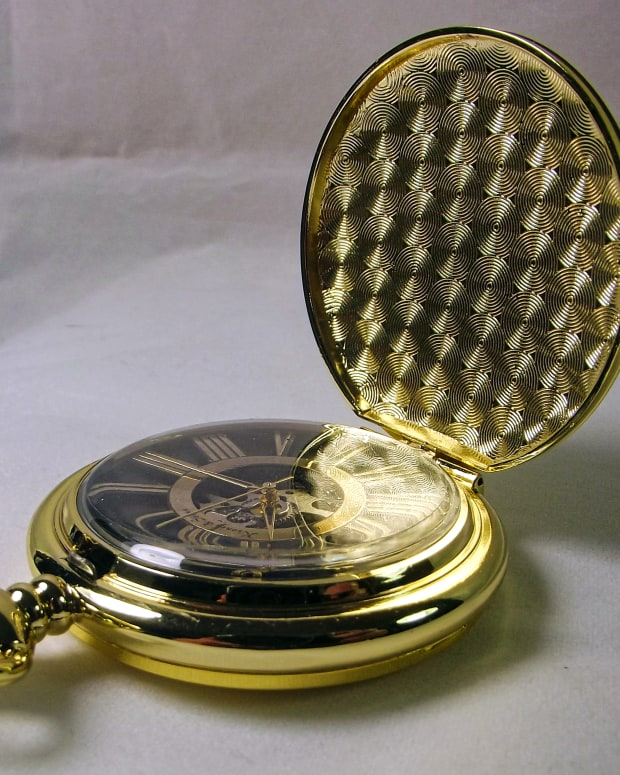 review-of-a-kronen-shne-mechanical-pocket-watch