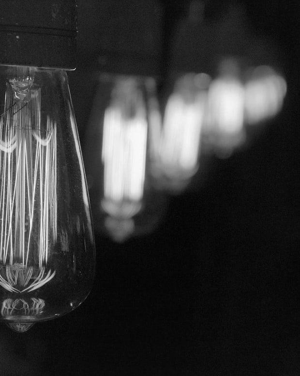 10-000-lightbulbs-later-the-story-of-the-chrysler-building