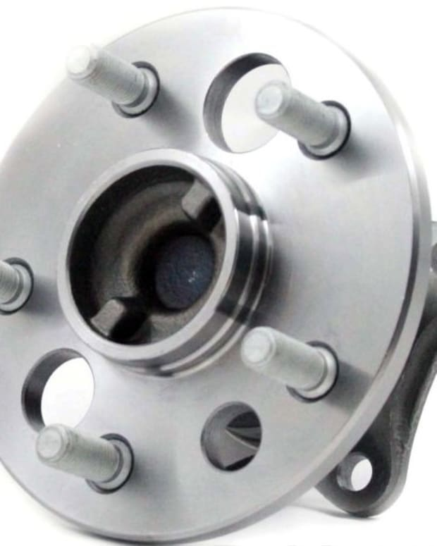 lexus-toyota-rear-hub-bearing-replacement