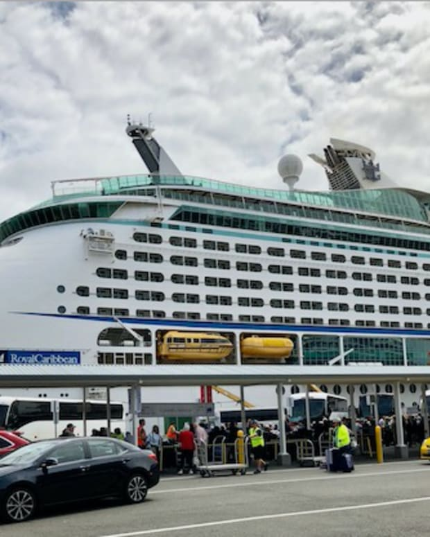 alaska-glacier-cruise