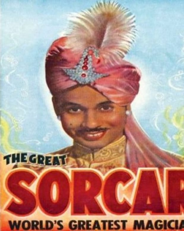 the-great-sorcar-magician