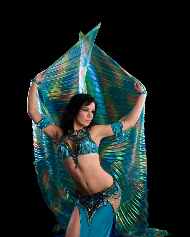 professional-belly-dancer