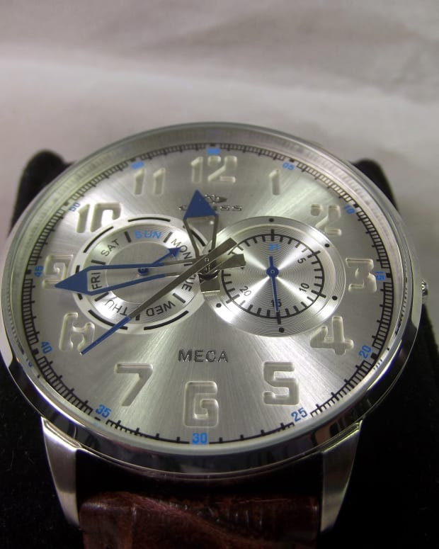 review-of-the-oniss-paris-meca-watch