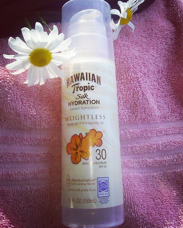 my-review-of-hawaiian-tropic-silk-hydration-sunscreen-lotion