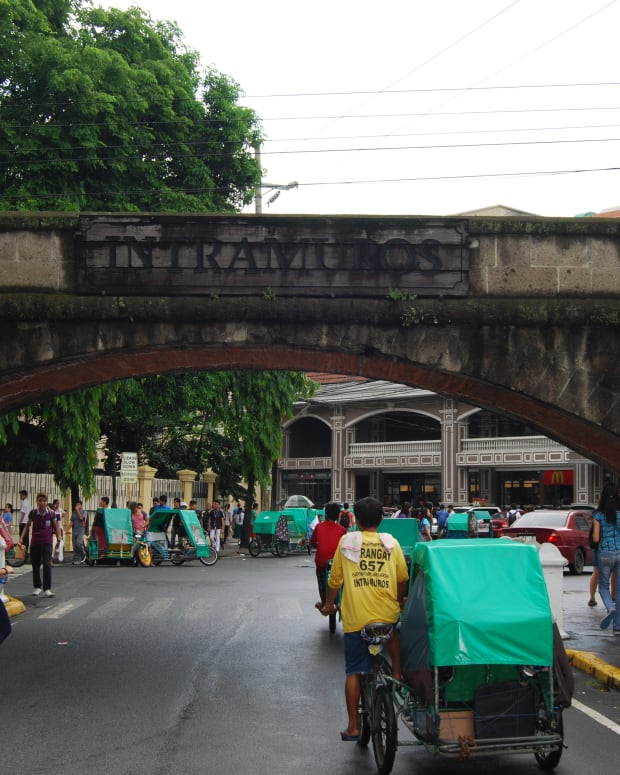 intramuros-the-original-manila