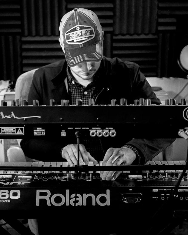 an-interview-with-synthwave-artist-baldocaster