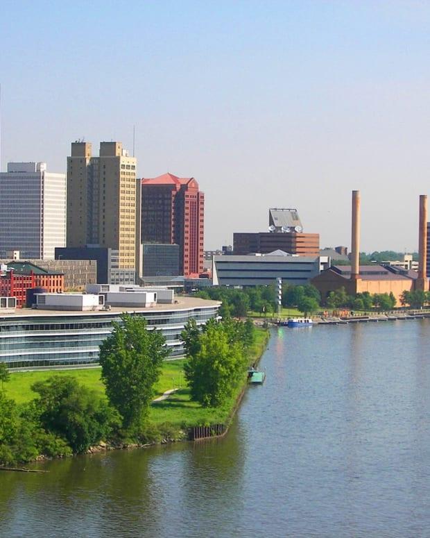 搬迁 - 托莱多 - 俄亥俄州