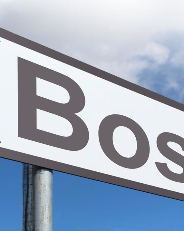 would-you-rather-work-for-a-boss-or-a-leader