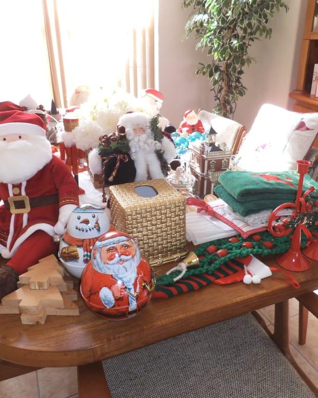 storing-away-christmas