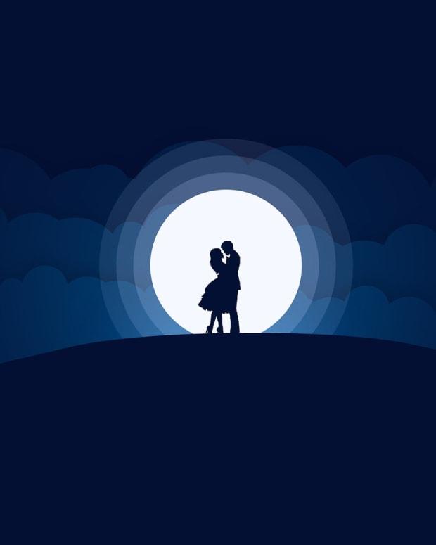 moonlit-attraction-a-love-poem