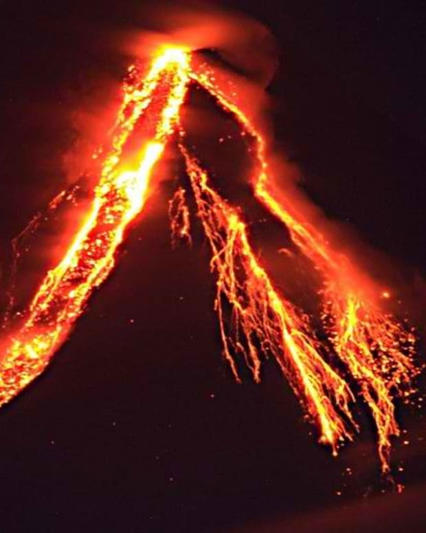a-volcano-named-mayon