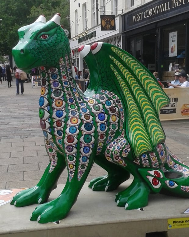 dragons-of-norwich-statues-of-2015-visit-norwich-norfolk-history-of-its-dragons-cathedral-castle-other-sites