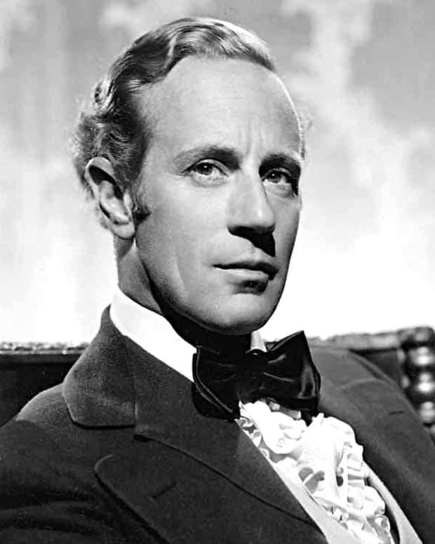 leslie-howard-hollywoods-mysterious-hero