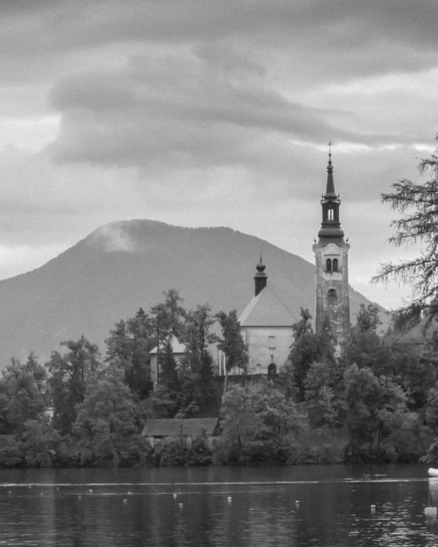 visiting-lake-bled-in-slovenia