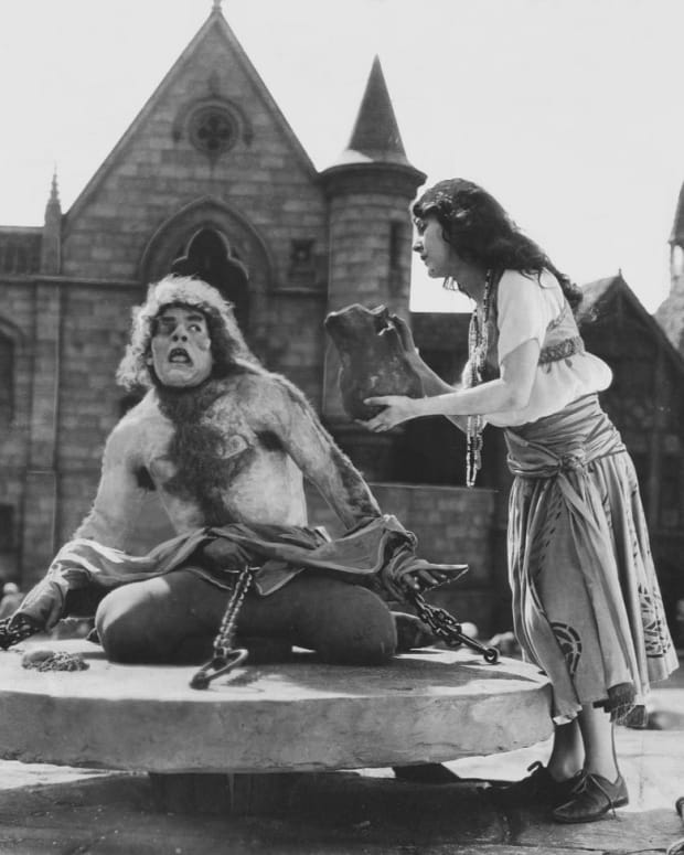 lon-chaney-hunchback-and-phantom-master-of-unrequited-love-and-horror
