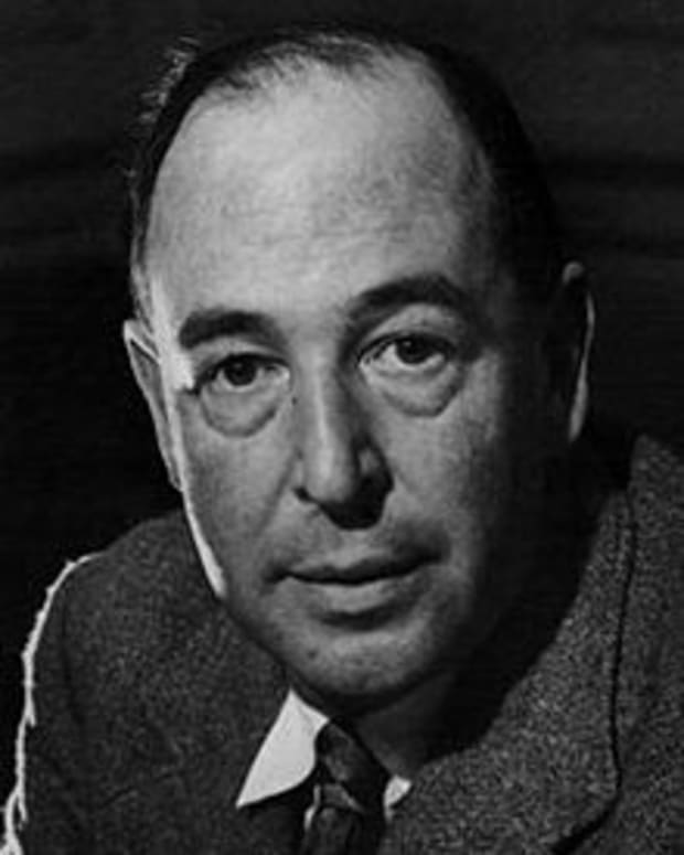 how-to-write-an-exciting-story-learning-from-c-s-lewis