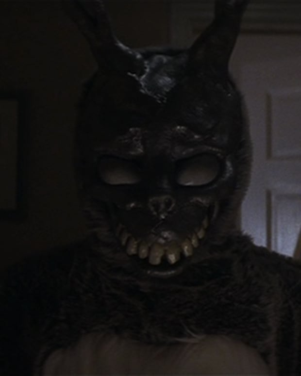 donnie-darko-is-trapped-in-a-time-loop