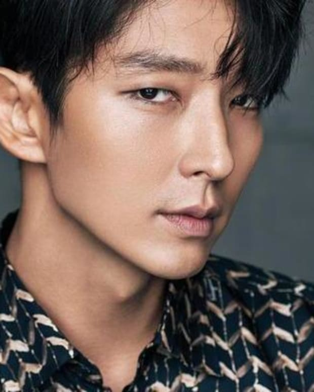 top-10-most-popular-handsome-hot-korean-actors