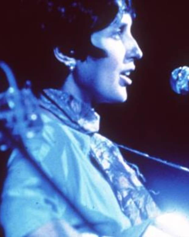 woodstock-performers-joan-baez