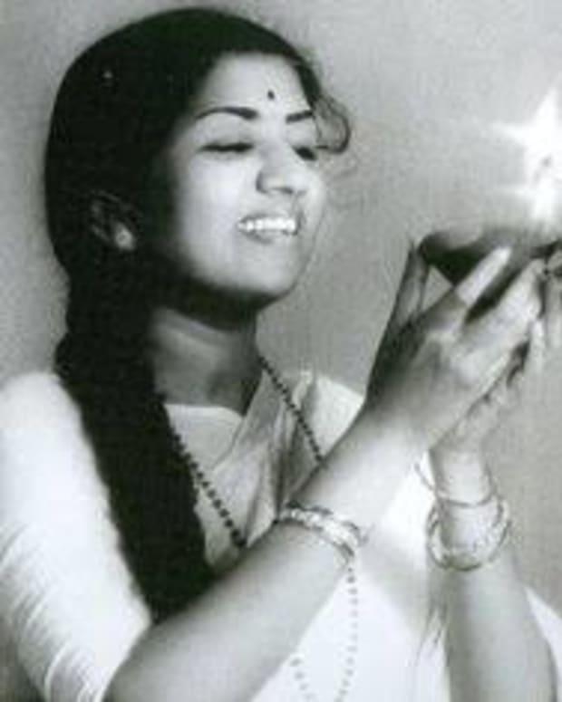 melody-queen-lata-mangeshkar