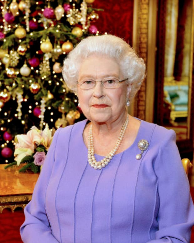 royal-family-unusual-christmas-traditions
