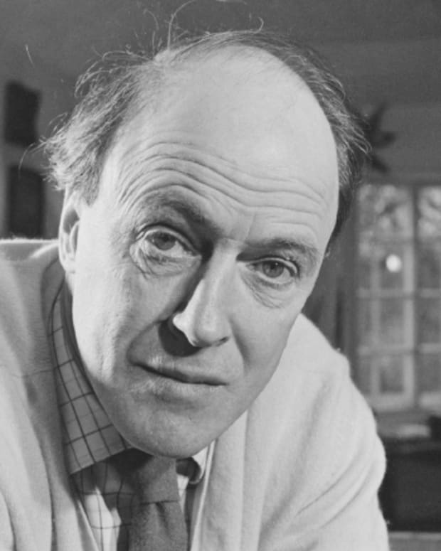 roald-dahl-novelist-short-story-writer-and-poet