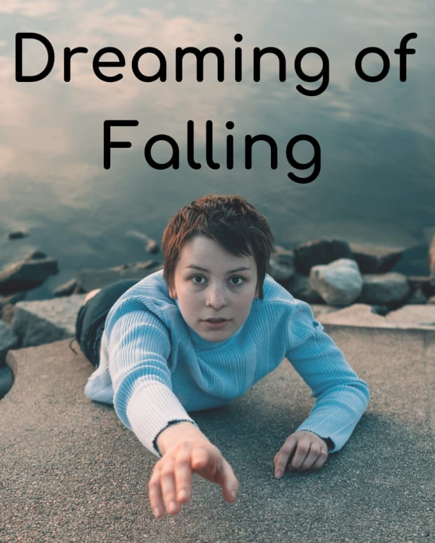why-do-i-dream-i-am-falling-the-significance-of-falling-in-dreams
