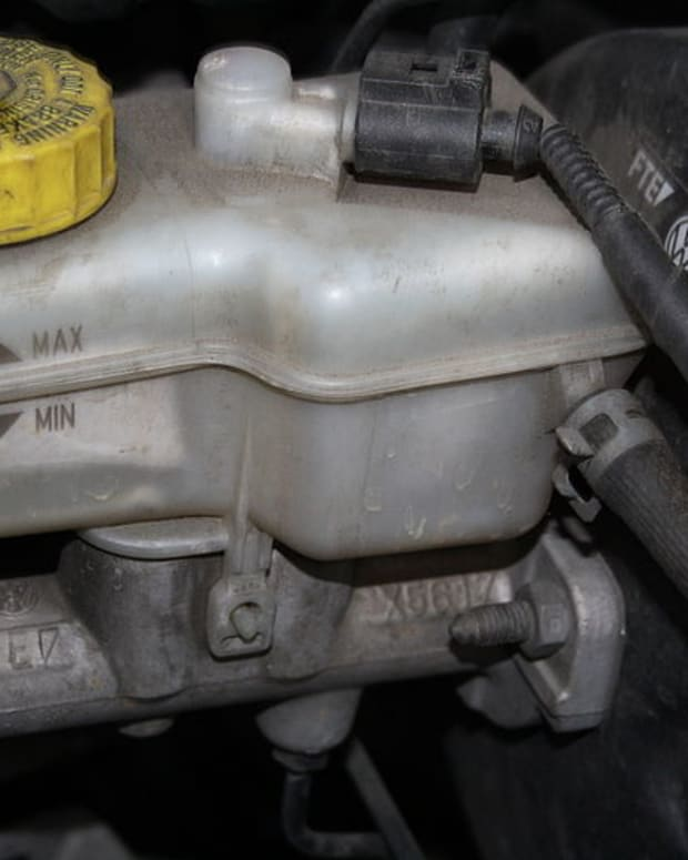 how-to-replace-a-brake-master-cylinder