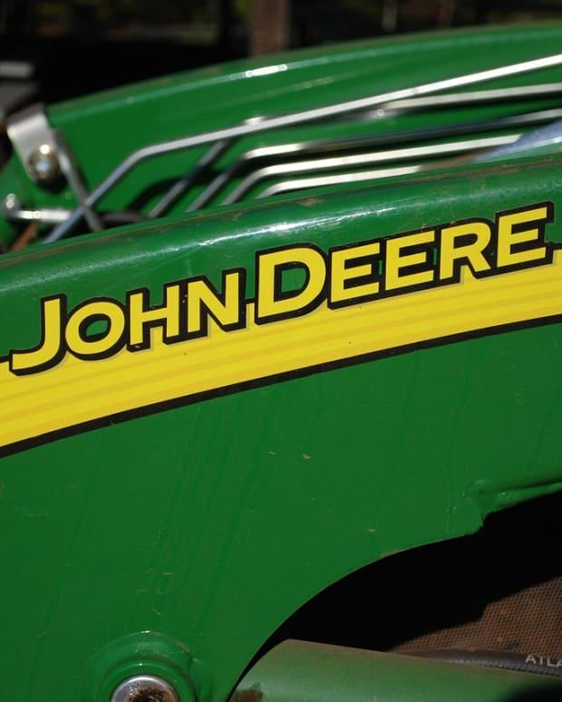 john-deere-332