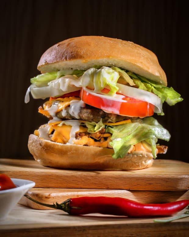 my-correct-way-of-eating-cheeseburgers