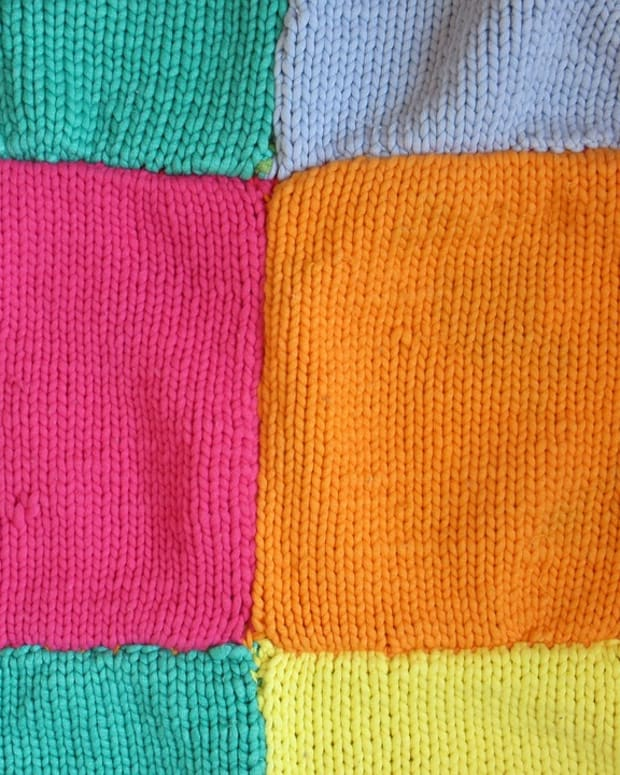 how-to-knit-squares-for-charity