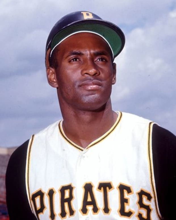 roberto-clemente-baseball-legend-and-philanthropist