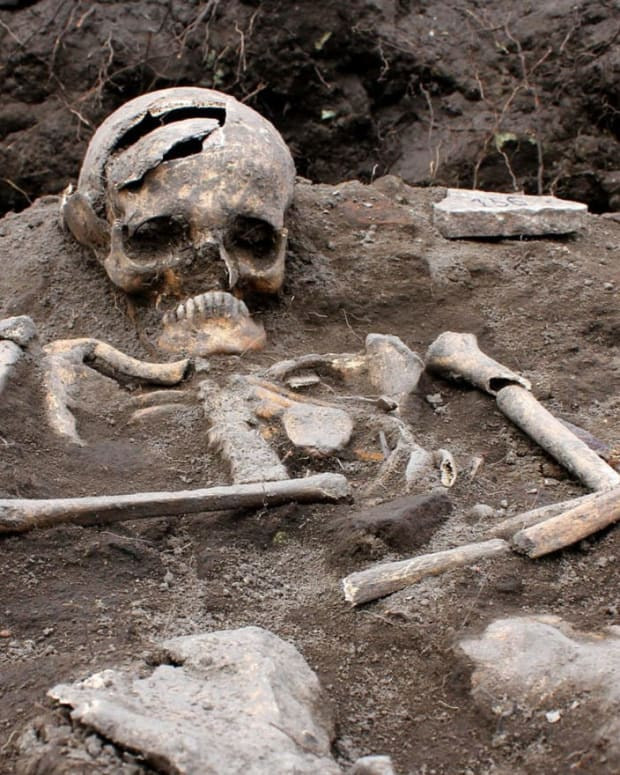 the-vampire-skeletons-of-bulgaria
