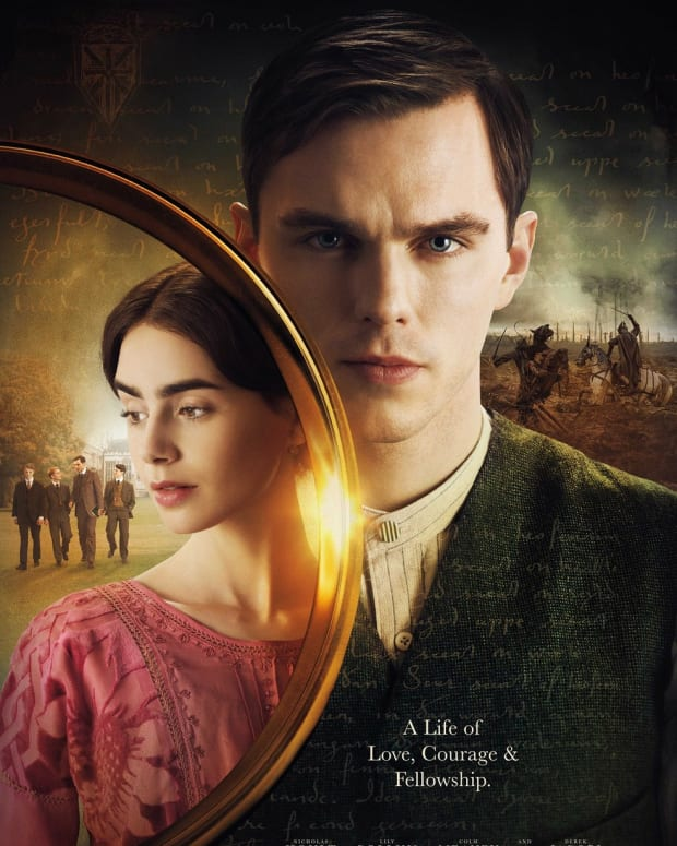 movie-review-tolkien