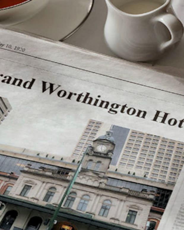 the-grand-worthington-hotel
