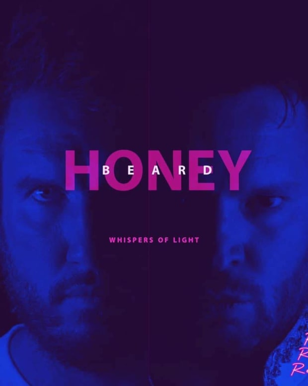 synthpop-ep-review-whisper-of-light-by-honey-beard