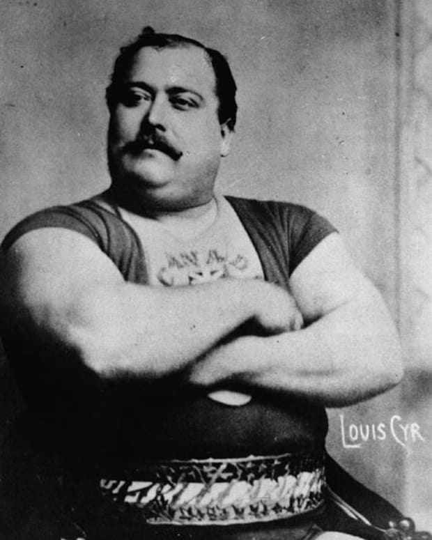 louis-cyr-the-worlds-strongest-man