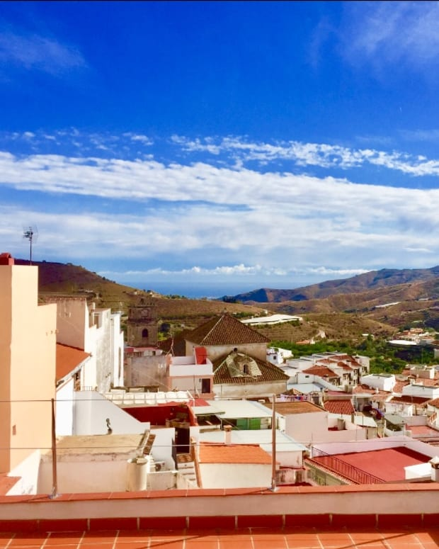 a-day-trip-to-the-spanish-white-village-of-trabo-and-to-the-heart-of-the-rio-verde-valley-the-small-village-of-jete