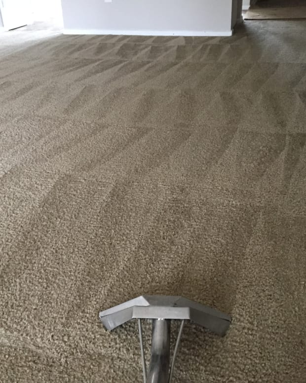 how-to-properly-remove-carpet-tar-one-janitors-perspective