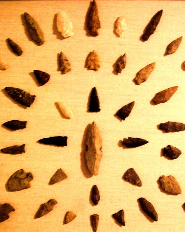 curse-of-a-skuna-river-bottom-indian-arrowhead
