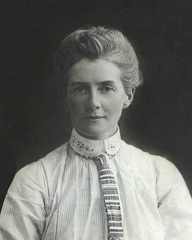 nurse-edith-cavell-heroine-or-spy