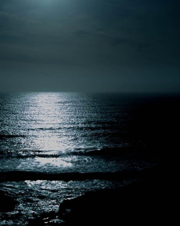 silver-moon-haiku
