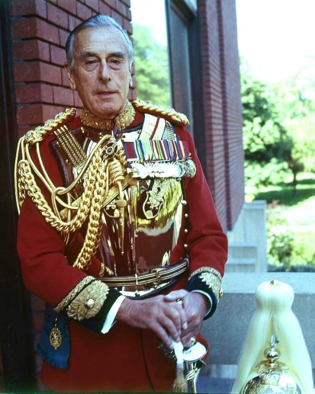 did-lord-mountbatten-toy-with-treachery