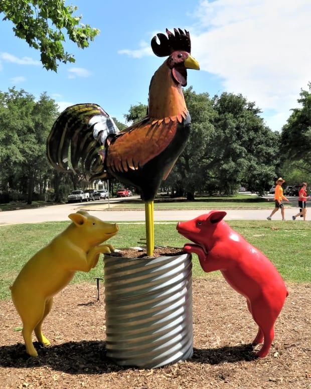 true-north-annual-heights-boulevard-sculpture-exhibit