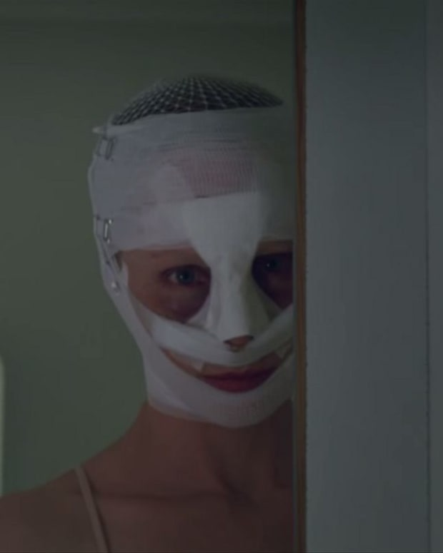 goodnight-mommy-2014-a-truly-disturbing-film