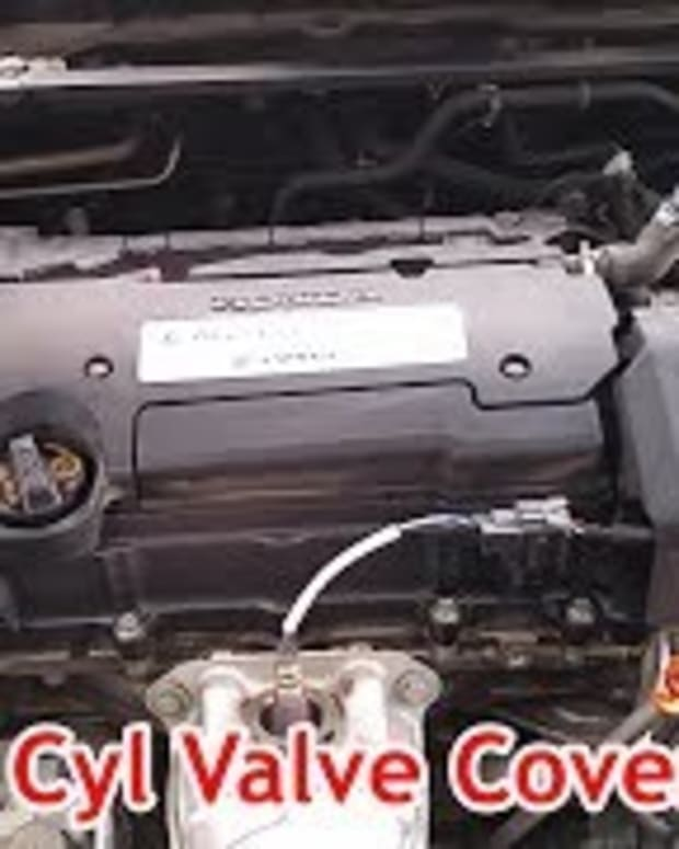 honda-accord-gdi-f24-leaking-valve-cover-replacement