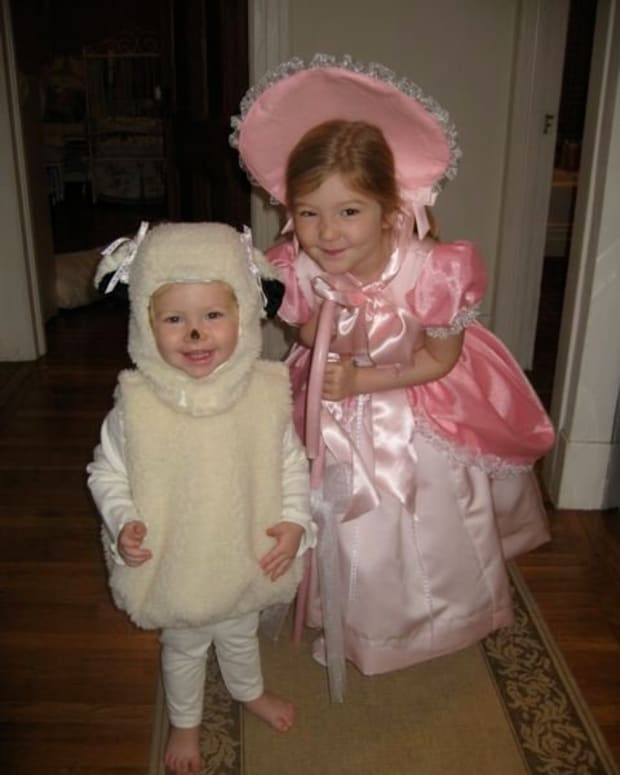 halloween-costume-ideas-for-little-sisters