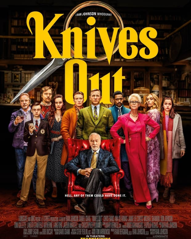 vault-movie-review-knives-out