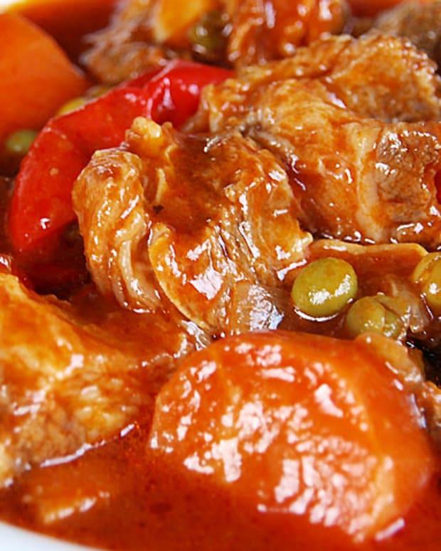 kalderetang-baka-philippine-beef-kaldereta